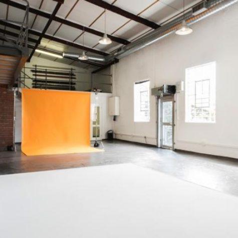 Flash Studio 02