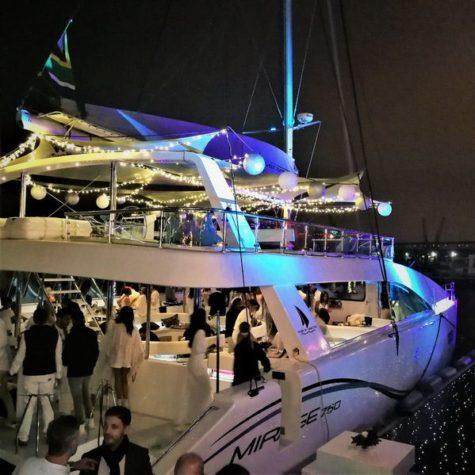 Mirage Catamaran 12